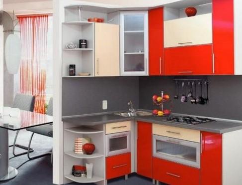 Холодильник в интерьере кухни: планировка маленькой и угловой кухни на фото + видео