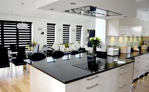 Провансальская кухня столовая как большое и невероятно уютное помещение