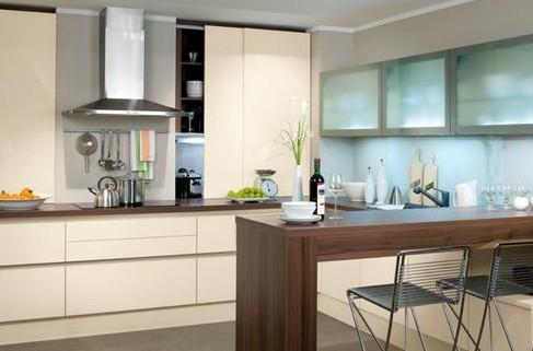 Создание современного кухонного дизайна с барной стойкой