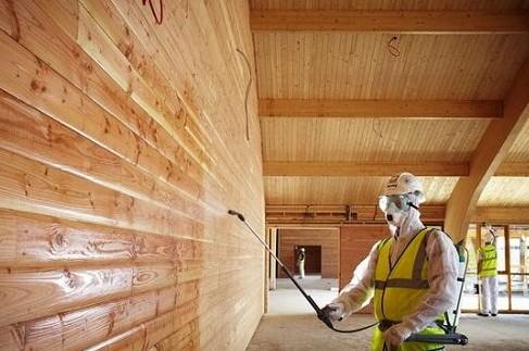 Средства для защиты древесины в доме и на улице